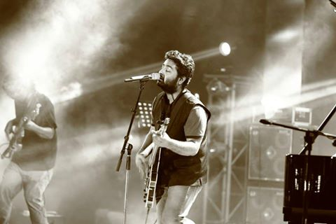 Arijit Singh Rare Unseen, Family, Personal Photos | Picture 1