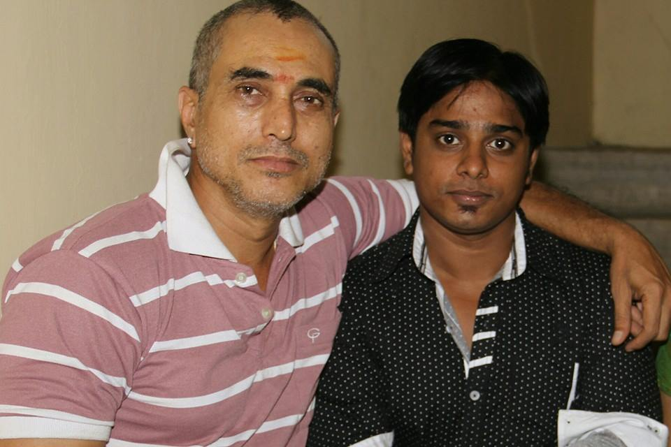 Satya Prakash With Fans   Picture 2