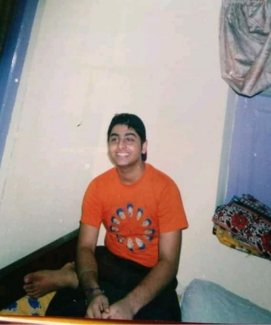 Arijit Singh Rare Unseen, Family, Personal Photos | Picture 12